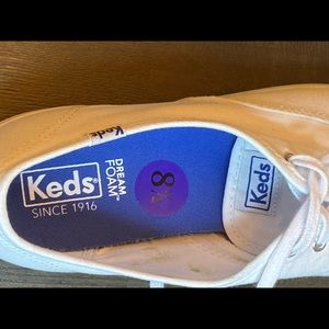 Keds Shoes - 🆕keds white basics classic sneakers